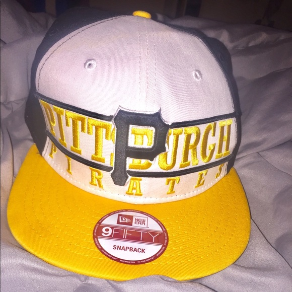 4986d636e2c LIMITED EDITION Pittsburgh Pirates SnapBack. M 5bd390722beb79315e1265ba.  Other Accessories you may like. New Era Hawaii Warriors Fitted Cap ...